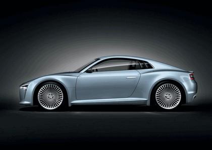 2010 Audi e-tron concept 5