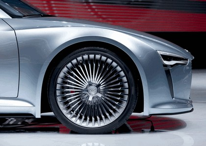 2010 Audi e-tron concept 24