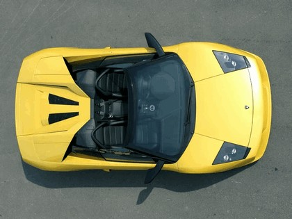 2004 Lamborghini Murcielago roadster 27