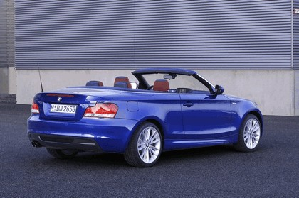 2010 BMW 1er ( E88 ) cabriolet 4