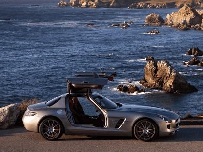 2010 Mercedes-Benz SLS AMG - USA version 6