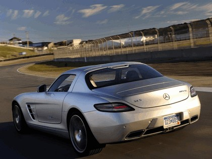 2010 Mercedes-Benz SLS AMG - USA version 9