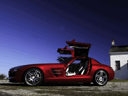 2010 Mercedes-Benz SLS AMG - USA version 13