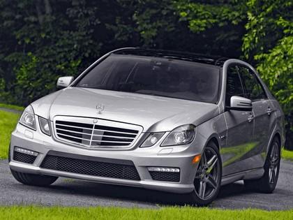 2009 Mercedes-Benz E63 ( W212 ) AMG - USA version 3