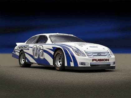 2006 Ford Fusion NASCAR 2