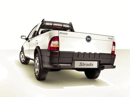 2004 Fiat Strada 5