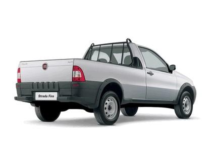 2004 Fiat Strada 7