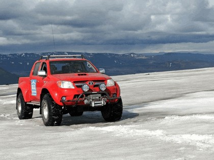 2009 Toyota Hilux Invincible Double Cab by Arctic Trucks 4