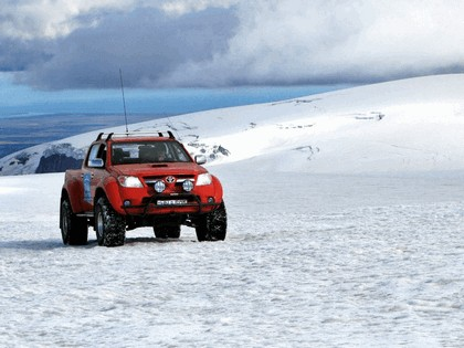 2009 Toyota Hilux Invincible Double Cab by Arctic Trucks 5