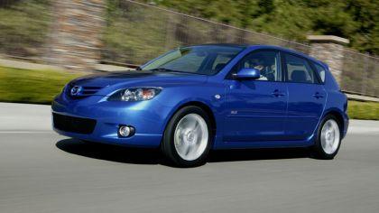 2004 Mazda 3 7