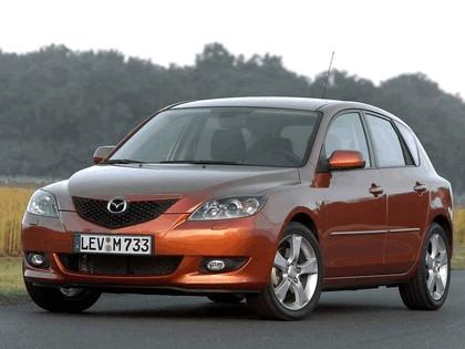 2004 Mazda 3 5-door 21