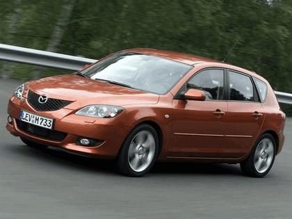 2004 Mazda 3 5-door 36