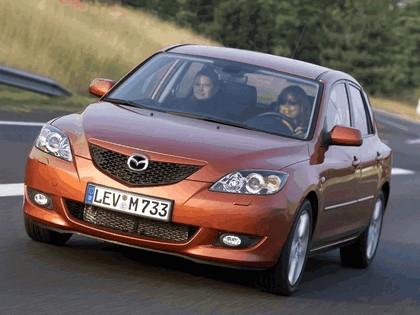 2004 Mazda 3 5-door 38