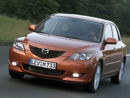 2004 Mazda 3 5-door 44