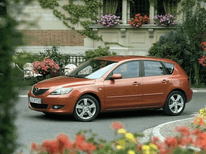 2004 Mazda 3 5-door 45