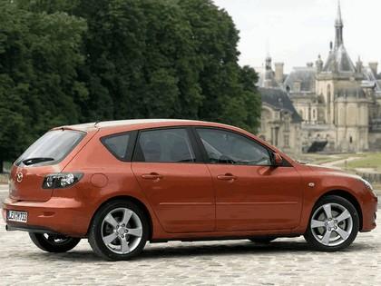 2004 Mazda 3 5-door 49