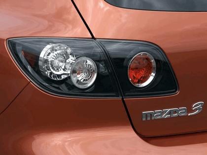 2004 Mazda 3 5-door 52