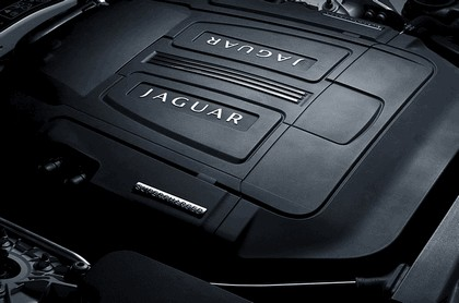 2010 Jaguar XKR black pack ( no decals ) 15