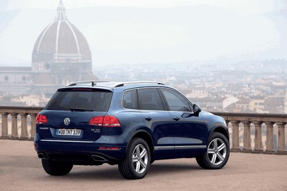 2010 Volkswagen Touareg 6
