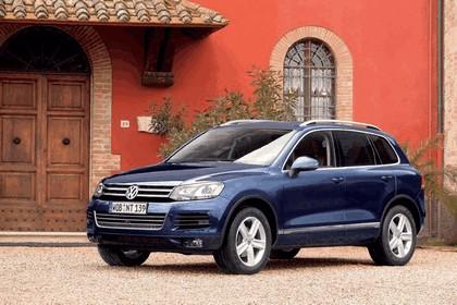 2010 Volkswagen Touareg 7