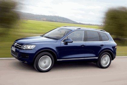 2010 Volkswagen Touareg 11