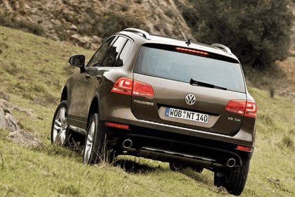 2010 Volkswagen Touareg 20