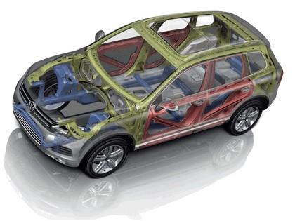 2010 Volkswagen Touareg 33