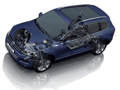 2010 Volkswagen Touareg 46
