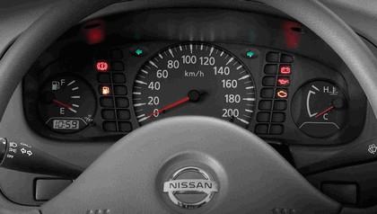 2008 Nissan Camiones 6