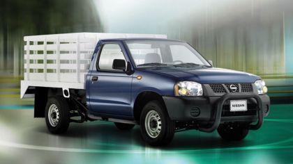 2008 Nissan Camiones 8