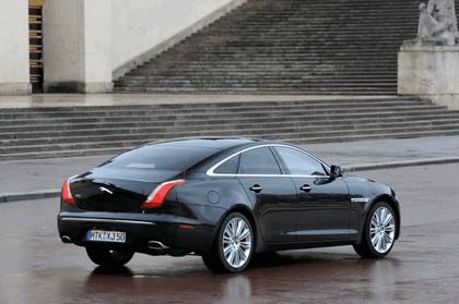 2010 Jaguar XJ 23