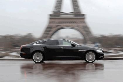 2010 Jaguar XJ 26