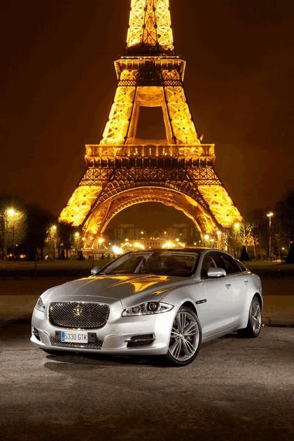 2010 Jaguar XJ 29