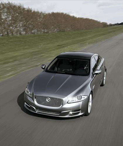 2010 Jaguar XJ 41