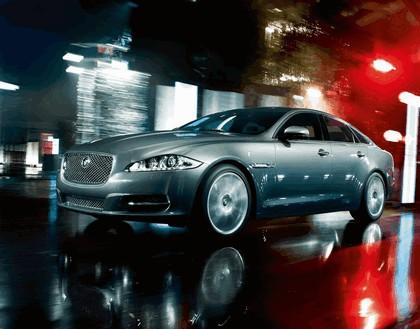 2010 Jaguar XJ 60