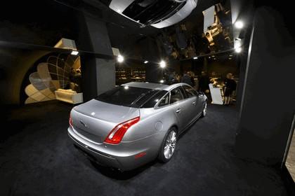 2010 Jaguar XJ 71