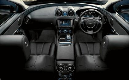 2010 Jaguar XJ 75