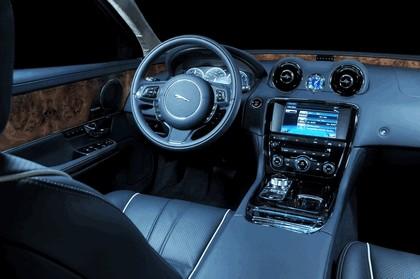 2010 Jaguar XJ 80