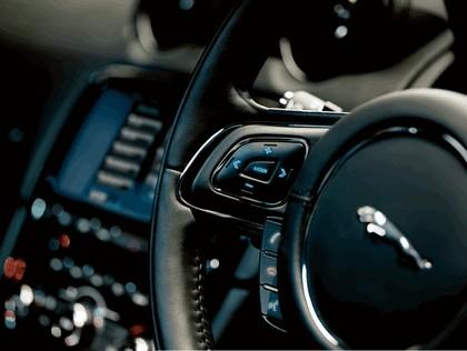 2010 Jaguar XJ 87