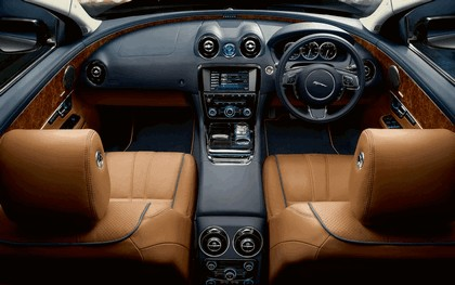 2010 Jaguar XJ 92