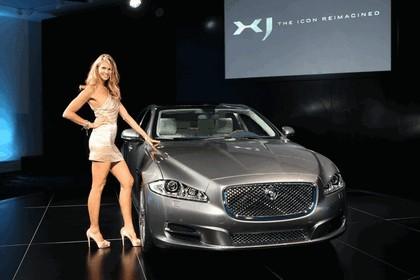 2010 Jaguar XJ 102