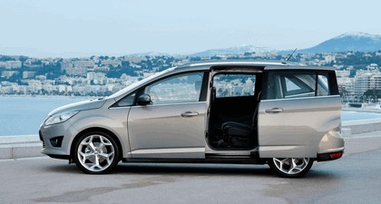 2010 Ford Grand C-Max 10