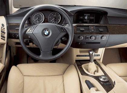 2004 BMW 530i 6