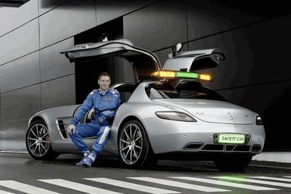 2010 Mercedes-Benz SLS - F1 Official Safety Car 6