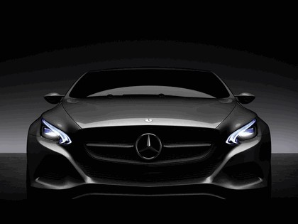 2010 Mercedes-Benz F 800 Style Research Vehicle 8