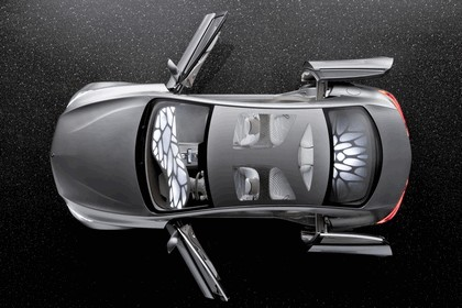 2010 Mercedes-Benz F 800 Style Research Vehicle 14