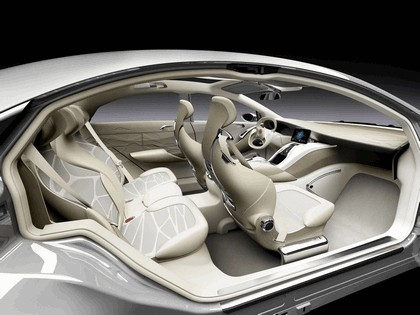 2010 Mercedes-Benz F 800 Style Research Vehicle 28