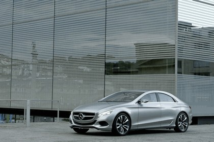 2010 Mercedes-Benz F 800 Style Research Vehicle 62