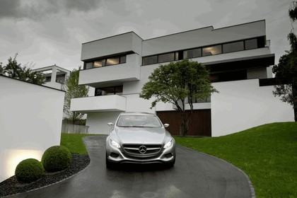 2010 Mercedes-Benz F 800 Style Research Vehicle 78