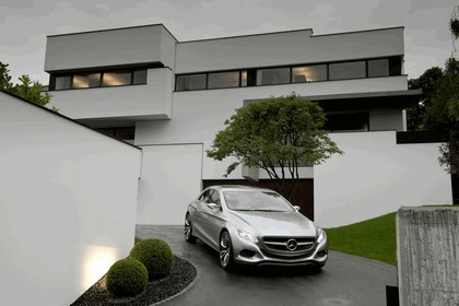 2010 Mercedes-Benz F 800 Style Research Vehicle 79